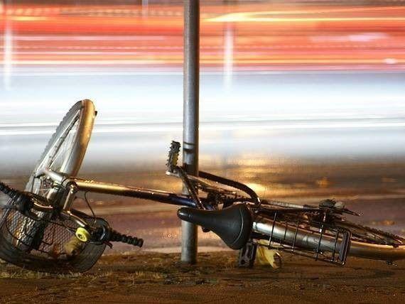 Als fietser onverlicht aangereden door een auto