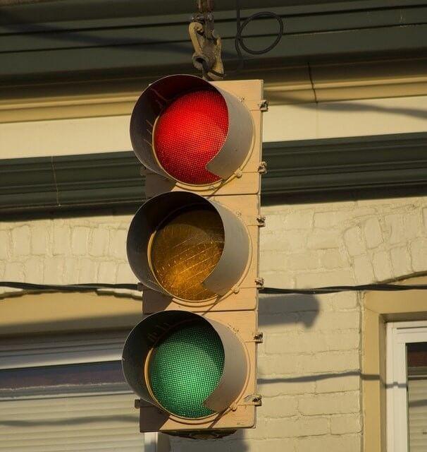 aanrijding voor stoplicht