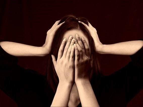 Hoofdpijn en nekpijn na een achterop aanrijding
