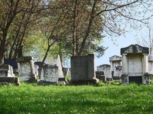 Kerkhof en overlijdensschade