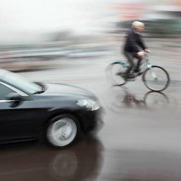 fiets auto ongeluk
