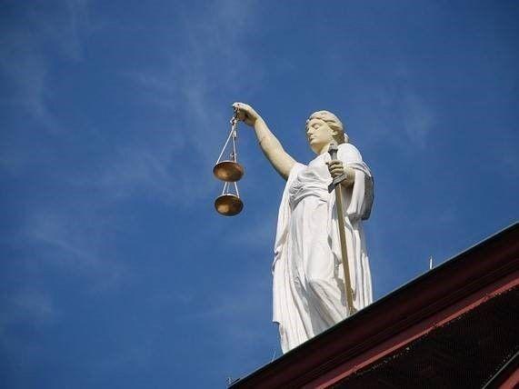 vrouwe Justitia en lage straffen voor daders ongeval