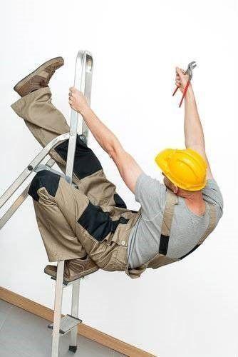 Van ladder gevallen