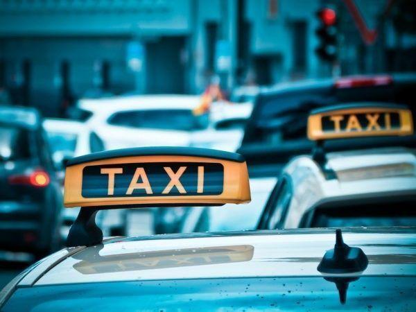 Wie is er aansprakelijk te stellen als u letselschade heeft opgelopen in een taxi/Uber?